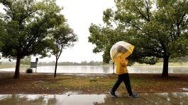 https://www.google.com/url?sa=i&source=images&cd=&ved=2ahUKEwilu8Gq7a_iAhVBp1kKHeG4C6UQjRx6BAgBEAU&url=https%3A%2F%2Fwww.latimes.com%2Flocal%2Flanow%2Fla-me-ln-weather-rain-wet-may-20190521-story.html&psig=AOvVaw1ivq2bi8IJVbyckgwT7DAW&ust=1558639091236801
